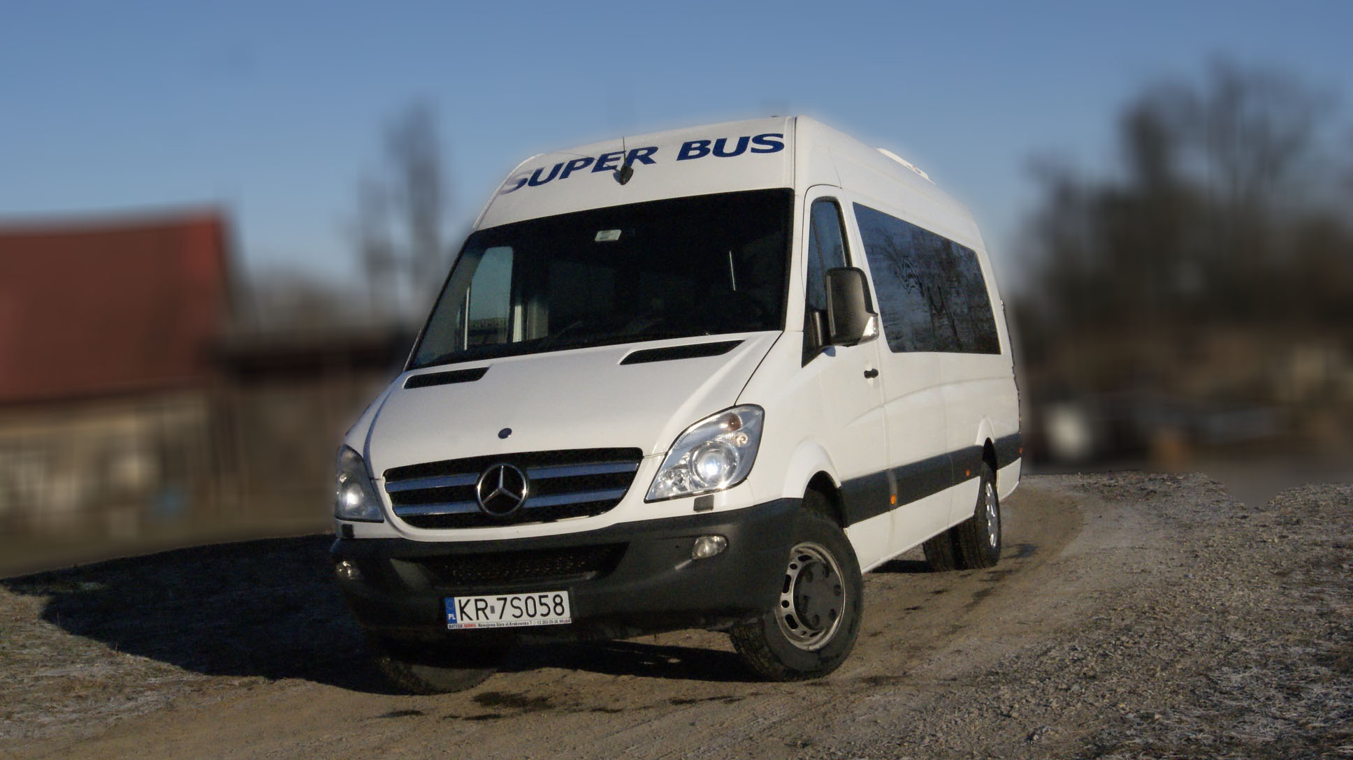 SUPERBUS Sprinter 519 01
